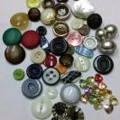 Копчета за дамска конфекция (снимка)